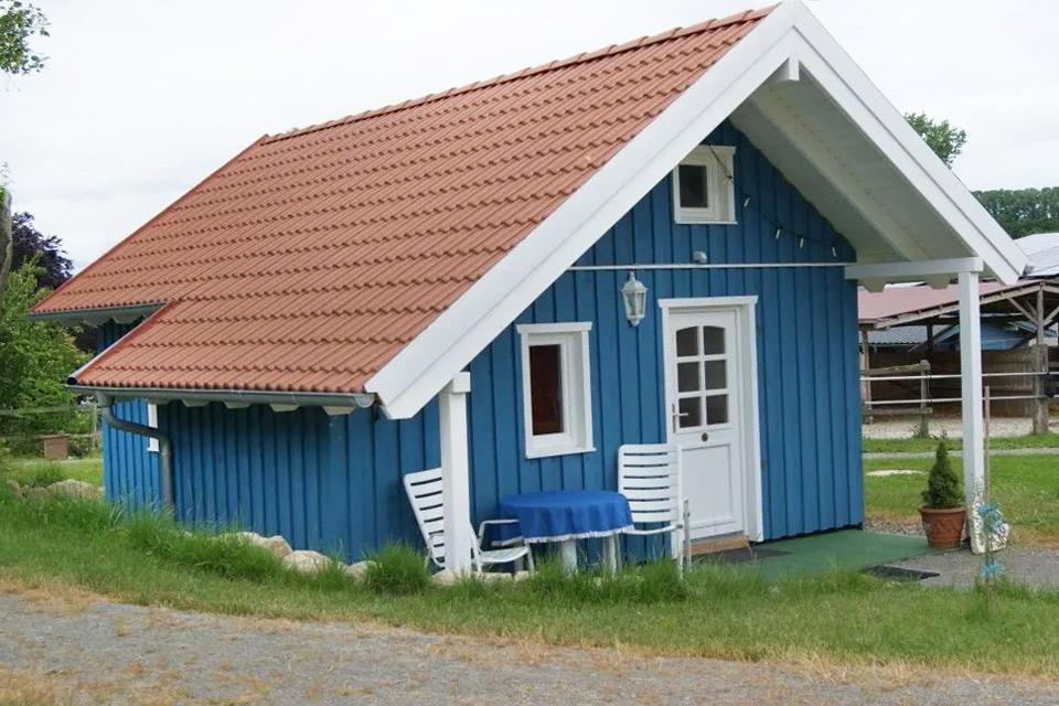 Bauernhof- und Landurlaub in Hessen - Islandpferdegestüt Mitteltalhof Ferienhaus Blaues Haus Nr.4